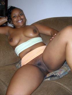 Curvy black moms nude photos from..