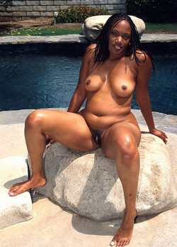 Some naked ebony girls and their sex..