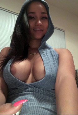 Busty black hotties on nude selfies..